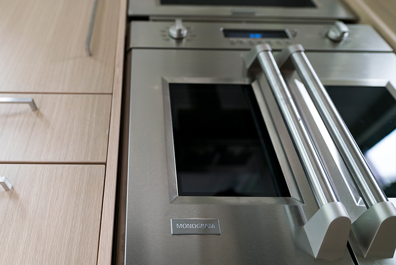monogram 30 professional french door electronic convection single wall oven